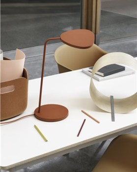 Muuto – Leaf Table Lamp