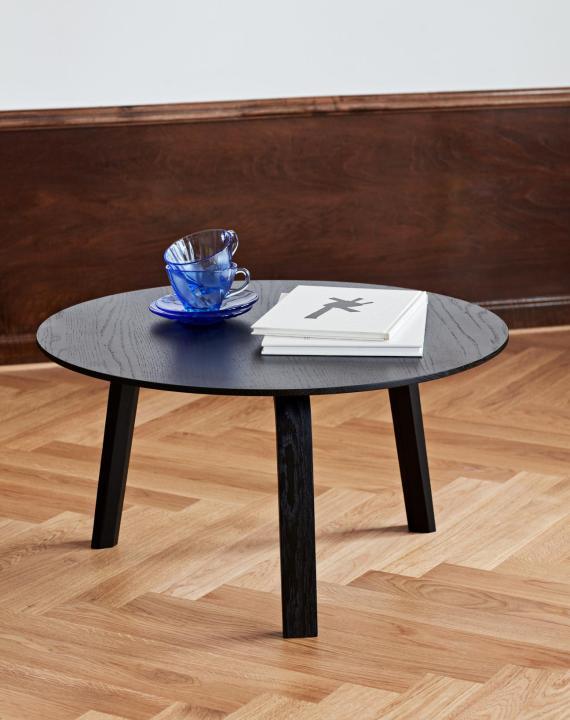 Bella Coffee Table - Hay : une table sobre et élégante.