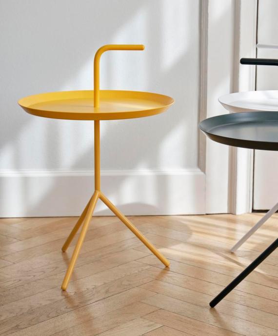 La table DLM de chez Hay : une table design et facilement transportable