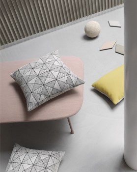 Muuto – Tile Cushion